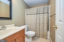 Lower level ful bath - 13356 GLEN TAYLOR LN, HERNDON