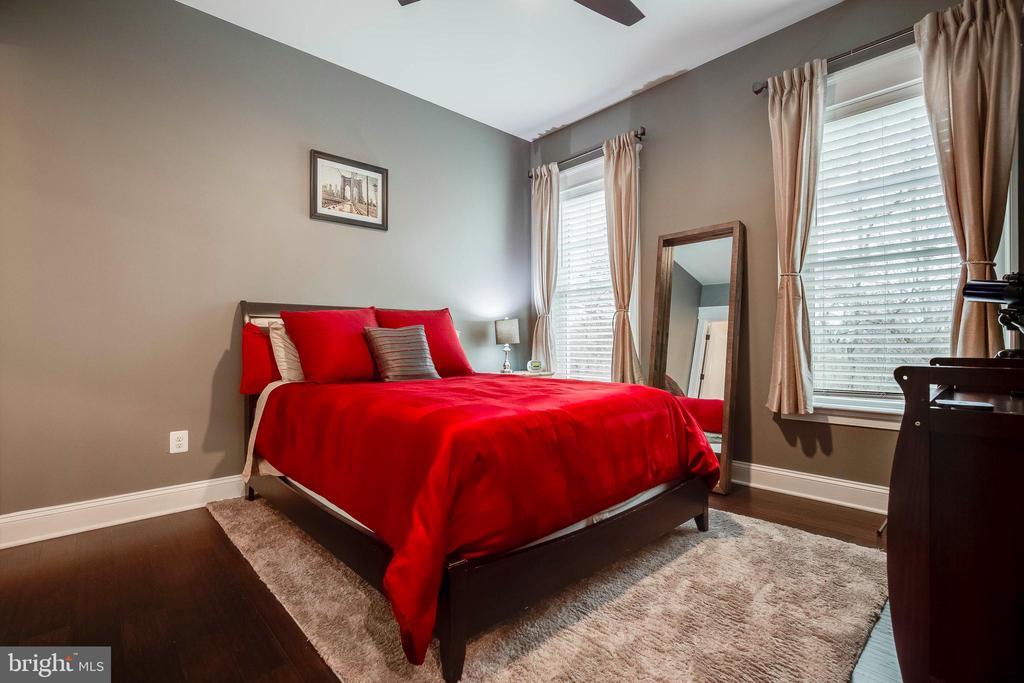 Main Level Bedroom 5 - 23219 LUNAR HARVEST LN, ALDIE