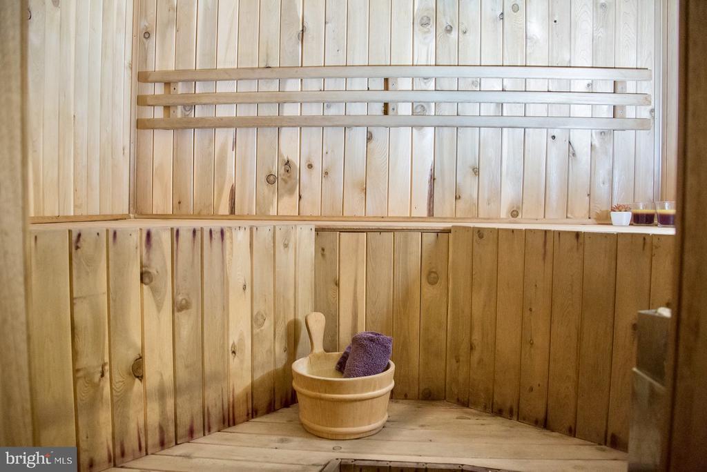sauna - 9 JENNIFER LYNNE DR, KNOXVILLE
