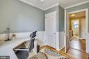 W/ beadboard accents - 4722 30TH ST S, ARLINGTON