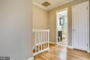 Upper landing - 4722 30TH ST S, ARLINGTON