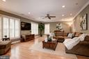 Expansive family room off the kitchen - 6804 BROXBURN DR, BETHESDA