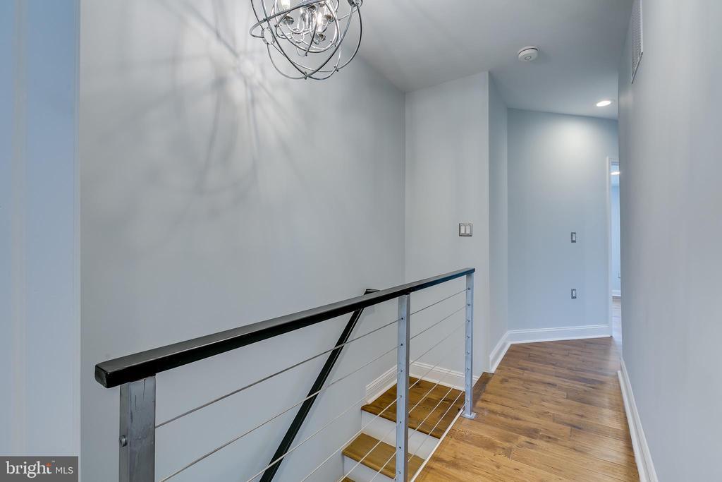 Upper Level Hallway - 1215 TRINIDAD AVE NE, WASHINGTON