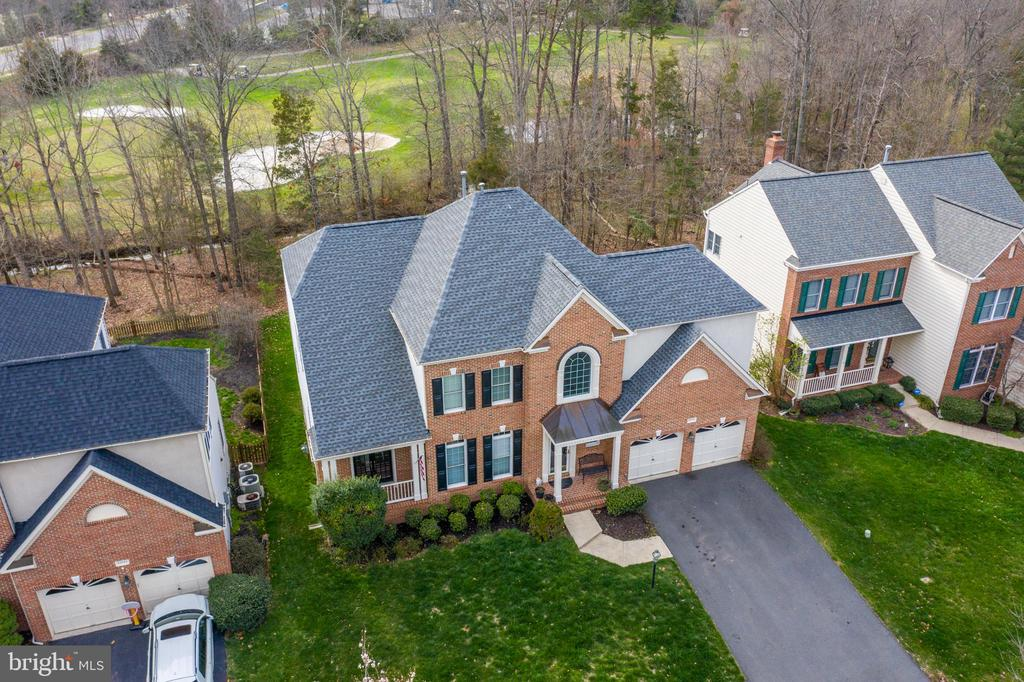 Stunning renovated Collins model  on golf course - 25879 MCKINZIE LN, CHANTILLY