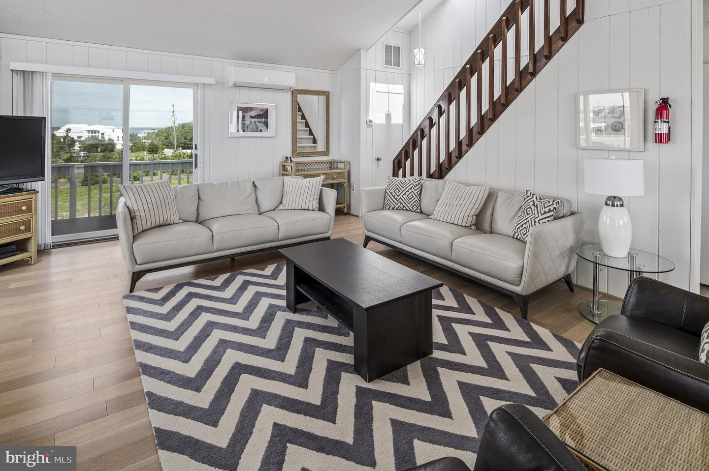 Additional photo for property listing at  Long Beach Township, New Jersey 08008 États-Unis