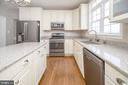Quartz Counter-Tops - 6126 MARINEVIEW RD, KING GEORGE