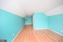 Could be Teen Suite/Au Pair or game room - 6126 MARINEVIEW RD, KING GEORGE