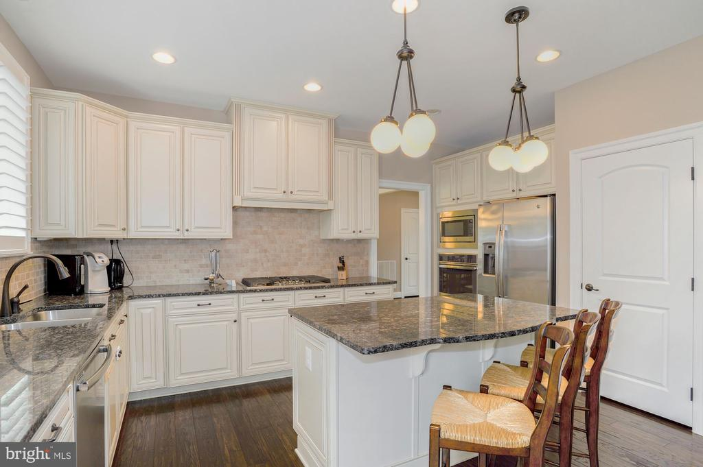 - 42580 FAWN MEADOW PL, CHANTILLY