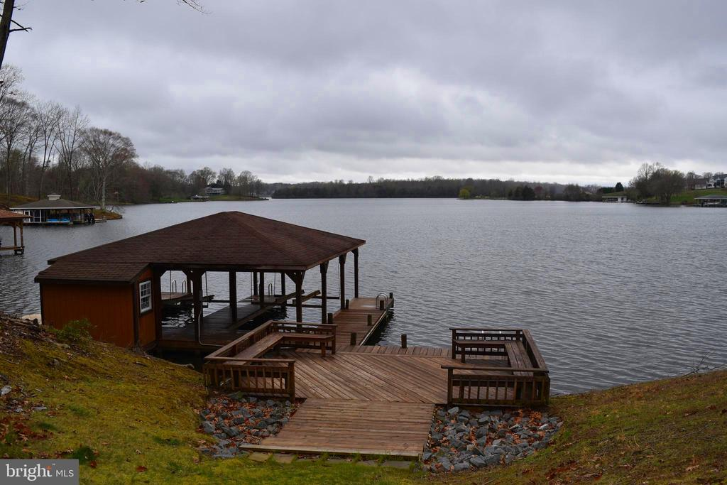 View of Boat House and Lake from Yard - 6220 BELMONT RD, MINERAL