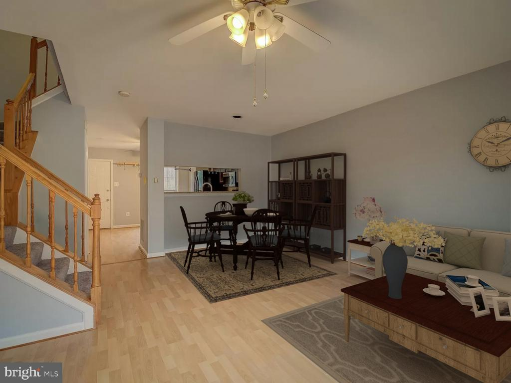 Virtual Staging - 20422 SUMMERSONG LN, GERMANTOWN