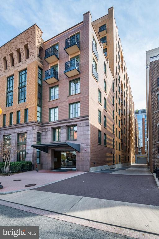 Welcome to The Whitman Condominium! - 910 M ST NW #525, WASHINGTON