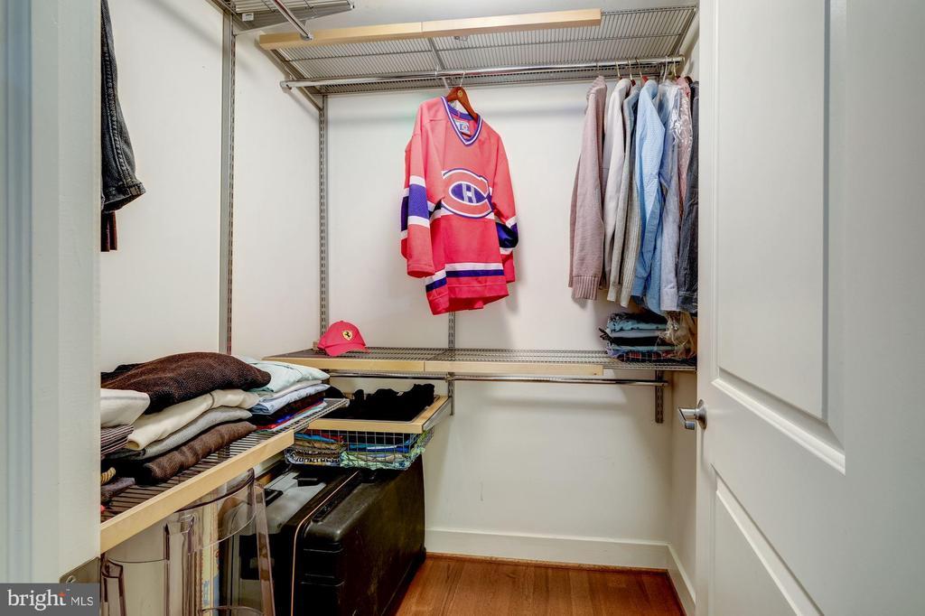 Two large walk-in closets - 1701 KALORAMA RD NW #206, WASHINGTON