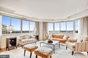 Oversized living room with gorgeous views - 5600 WISCONSIN AVE #1408, CHEVY CHASE
