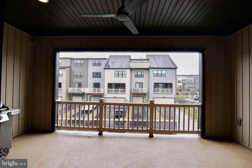 Covered Balcony - 43400 THREE FORKS TER, ASHBURN