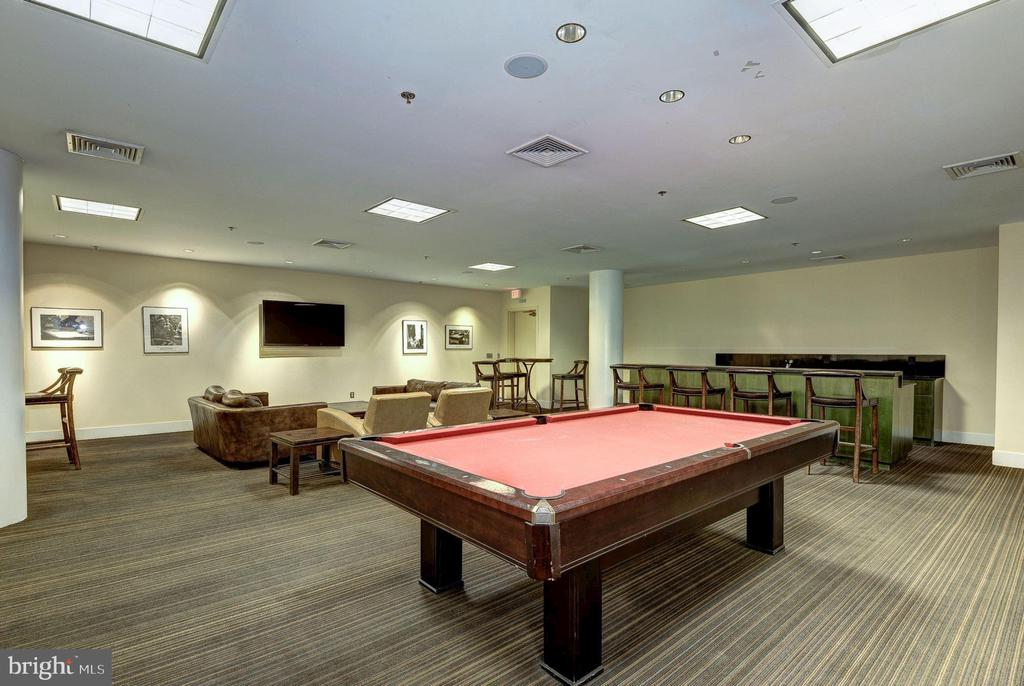 Party Room - TV, Kitchenette, Pool Table! - 910 M ST NW #525, WASHINGTON