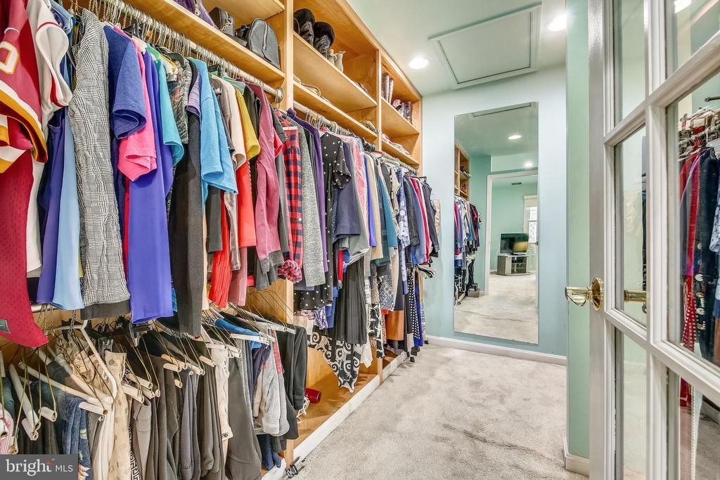 Walk in closet - 738 SONATA WAY, SILVER SPRING