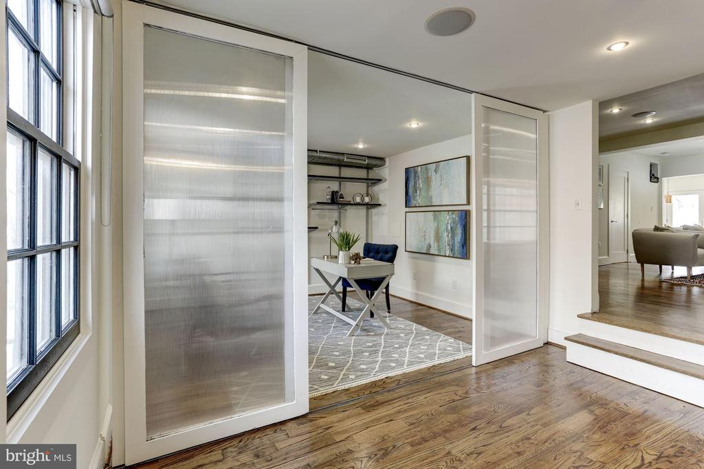 Entry foyer into office or mudroom if preferred. - 420 RIDGE ST NW, WASHINGTON