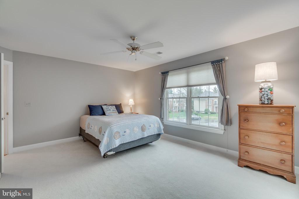 Bedroom 3 - 20464 SWAN CREEK CT, STERLING