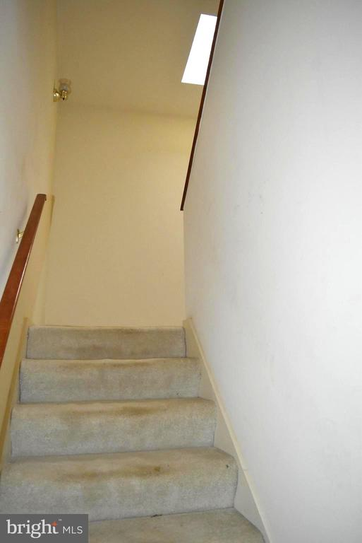 Main Level stairs to upper level - 6220 BELMONT RD, MINERAL