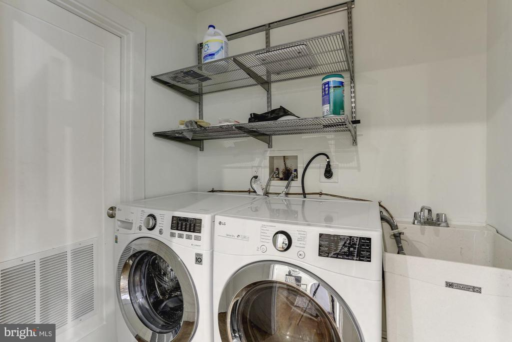 LG Front Load Laundry on Main Floor - 420 RIDGE ST NW, WASHINGTON