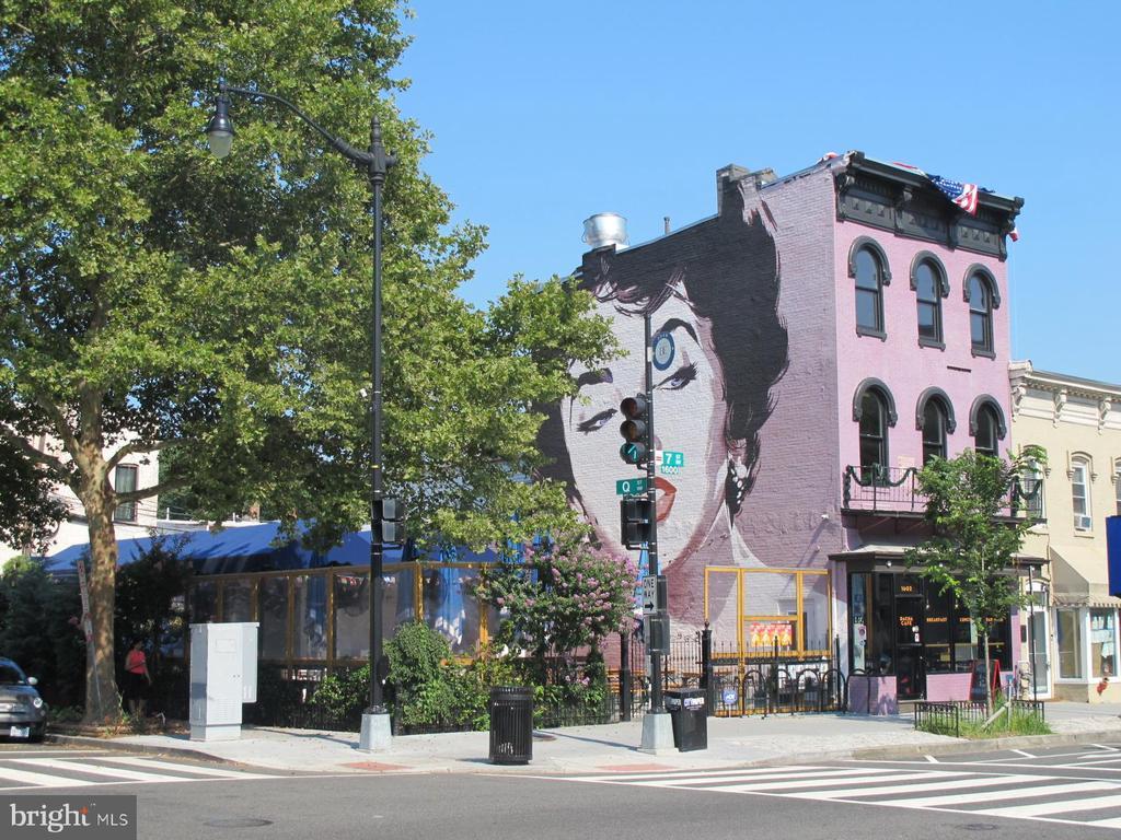7 blocks to Dacha - 420 RIDGE ST NW, WASHINGTON