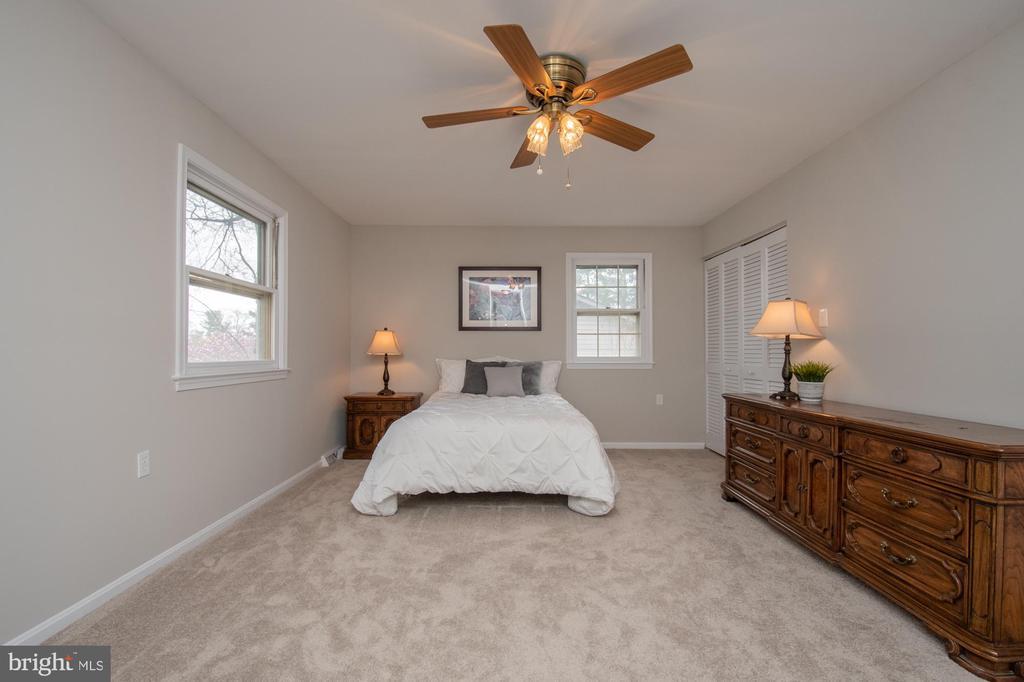Master bedroom - 7 PHILLIPS DR NW, LEESBURG