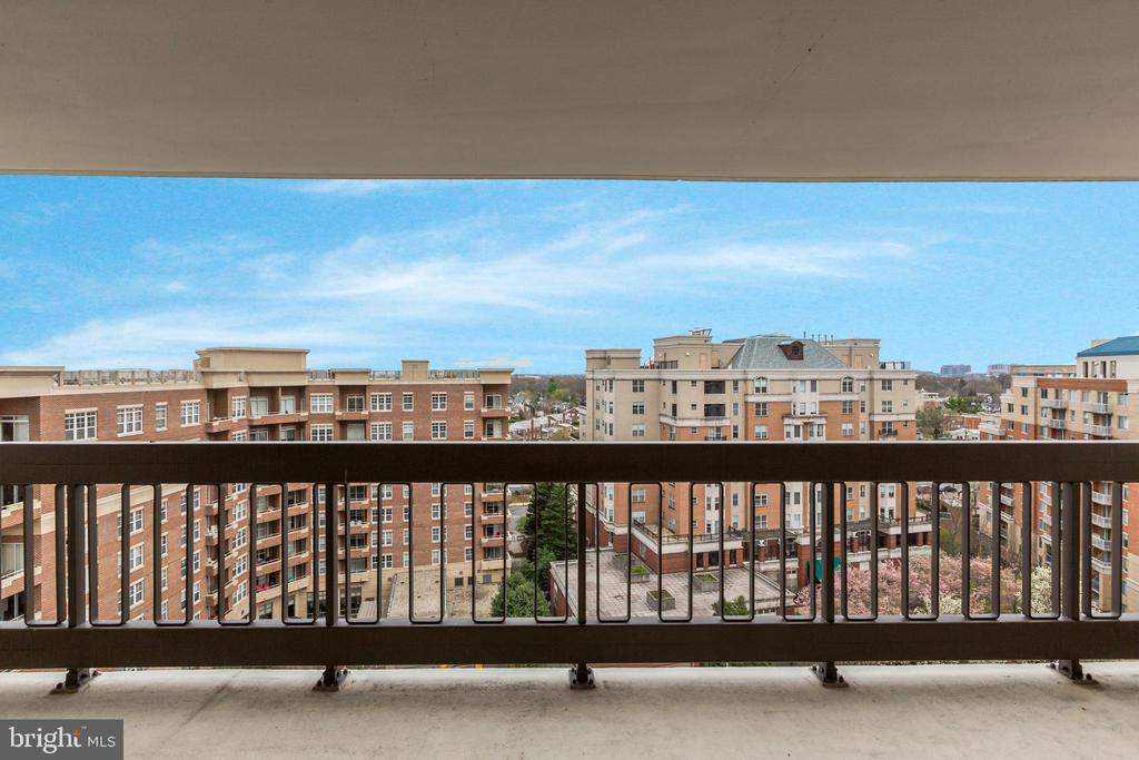 Panoramic Views - 3800 FAIRFAX DR #1014, ARLINGTON