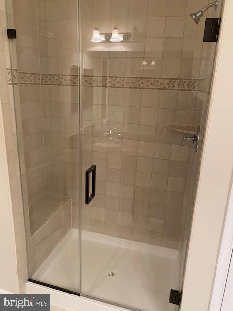 Master Bath - 44362 MALTESE FALCON SQ, ASHBURN