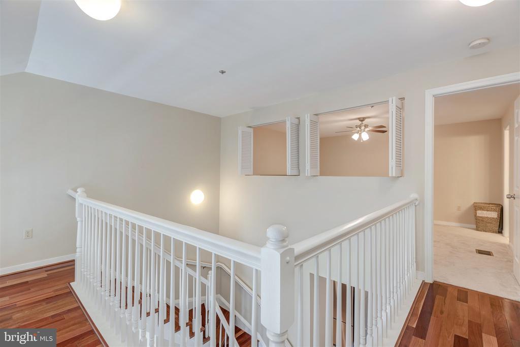 Owner suite on 2nd level - 1645 INTERNATIONAL DR #407, MCLEAN