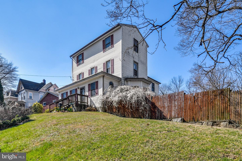 Single Family Homes για την Πώληση στο Cheltenham, Πενσιλβανια 19012 Ηνωμένες Πολιτείες