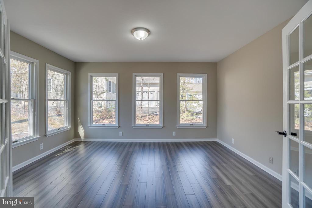 Windows Galore!!! - 401 CORNWALLIS AVE, LOCUST GROVE