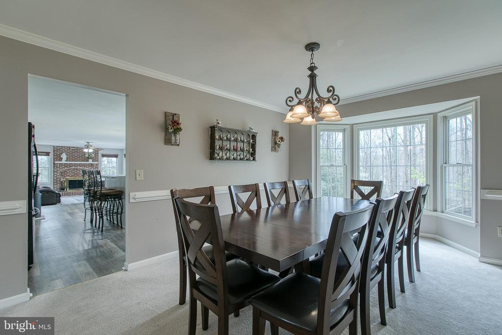 Dining room with bay windows - 58 BALDWIN DR, FREDERICKSBURG