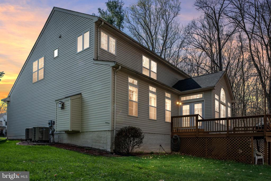 Backyard view! Elegant home! Well maintained - 28 FIREBERRY BLVD, STAFFORD