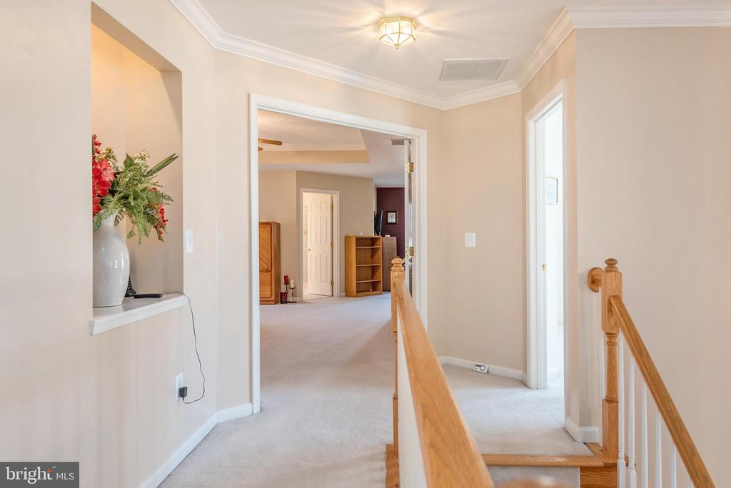 Upper level foyer view into the double door master - 28 FIREBERRY BLVD, STAFFORD