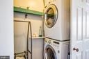 Full size Washer & dryer on upper level - 1104 PRINCE EDWARD ST, FREDERICKSBURG