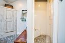 Fantastic walk in shower - 1104 PRINCE EDWARD ST, FREDERICKSBURG