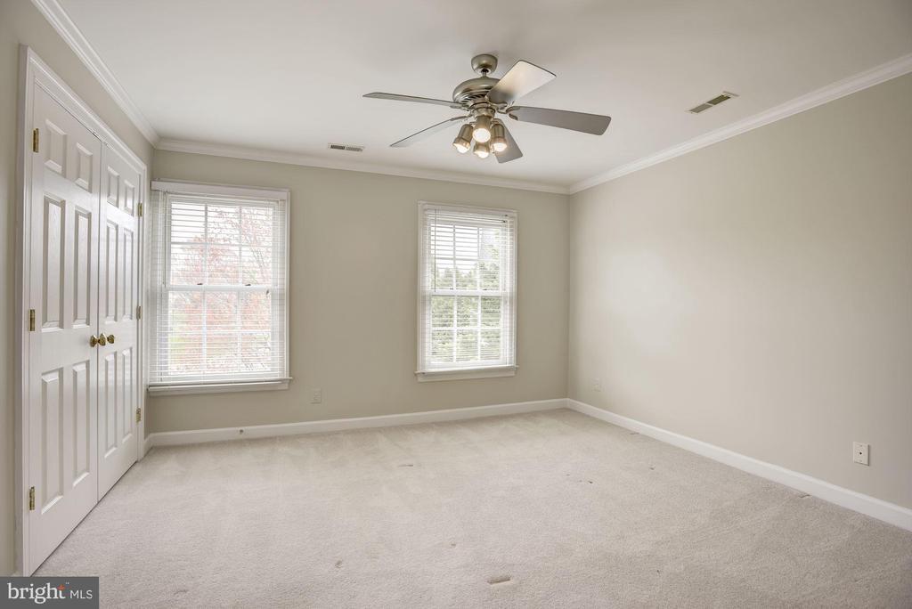 Fourth Bedroom - 1423 MAYHURST BLVD, MCLEAN