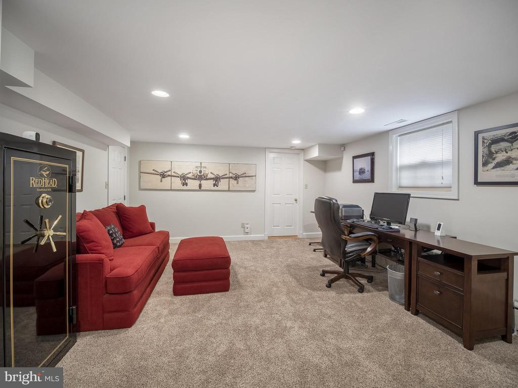 Office/bedroom - 915 MCCENEY AVE, SILVER SPRING