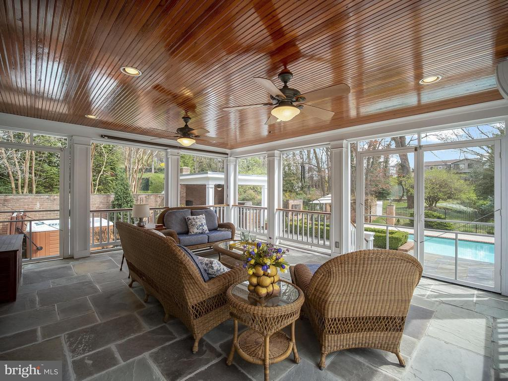 Lovely screen porch adjoining breakfast room - 915 MCCENEY AVE, SILVER SPRING