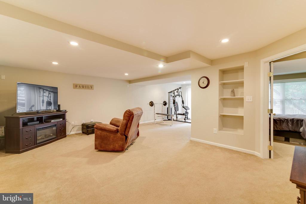 Basement Rec Room - 3551 ESKEW CT, WOODBRIDGE