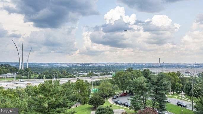 Views towards DC - Air Force Memorial - 1300 ARMY NAVY DR #1012, ARLINGTON