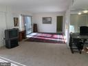 Spacious  Light Filled Living Room - 1300 ARMY NAVY DR #1012, ARLINGTON
