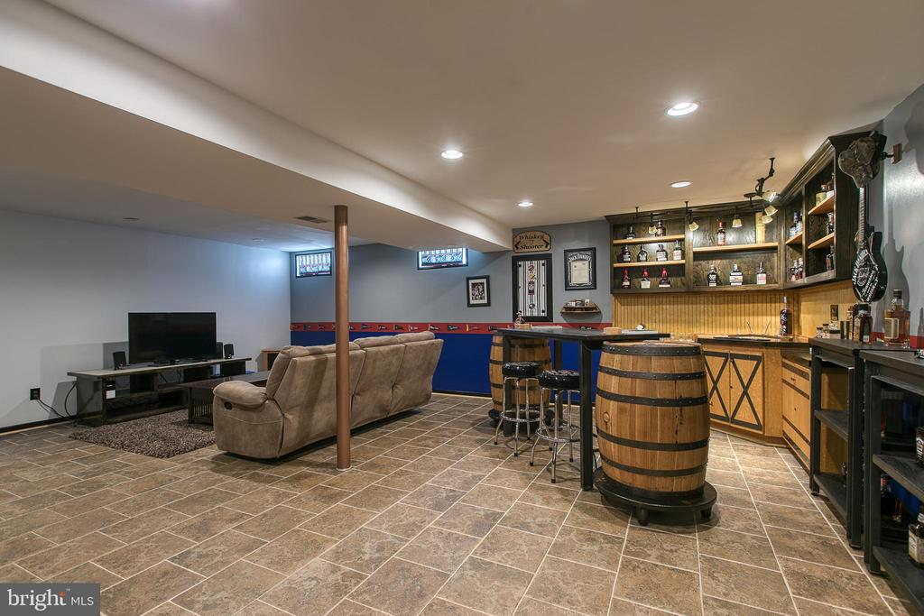 Partially Finished Basement - 435 OAKRIDGE DR, STAFFORD