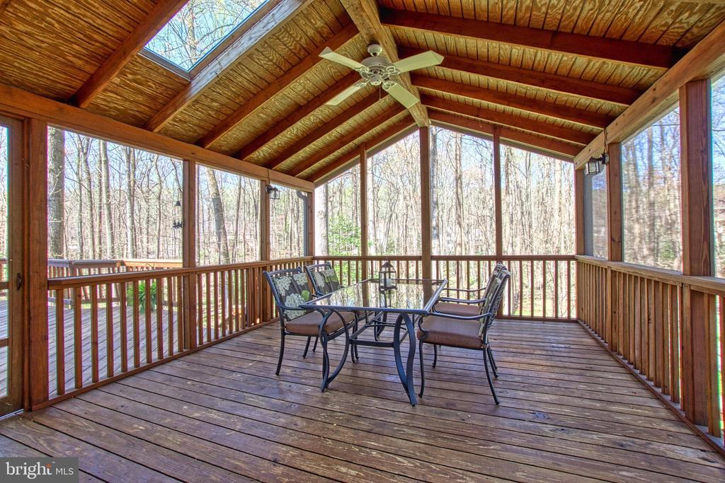 Screen Porch with Fan and Skylights - 7308 S VIEW CT, FAIRFAX STATION