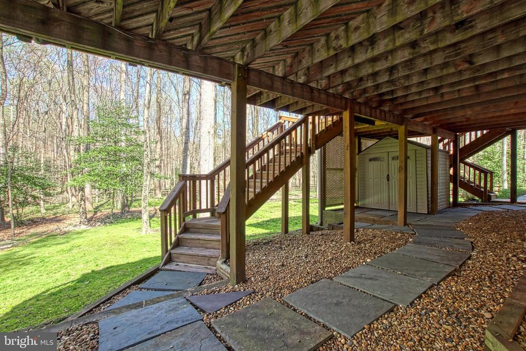 Basement  Access to Backyard, Shed, Deck and Porch - 7308 S VIEW CT, FAIRFAX STATION