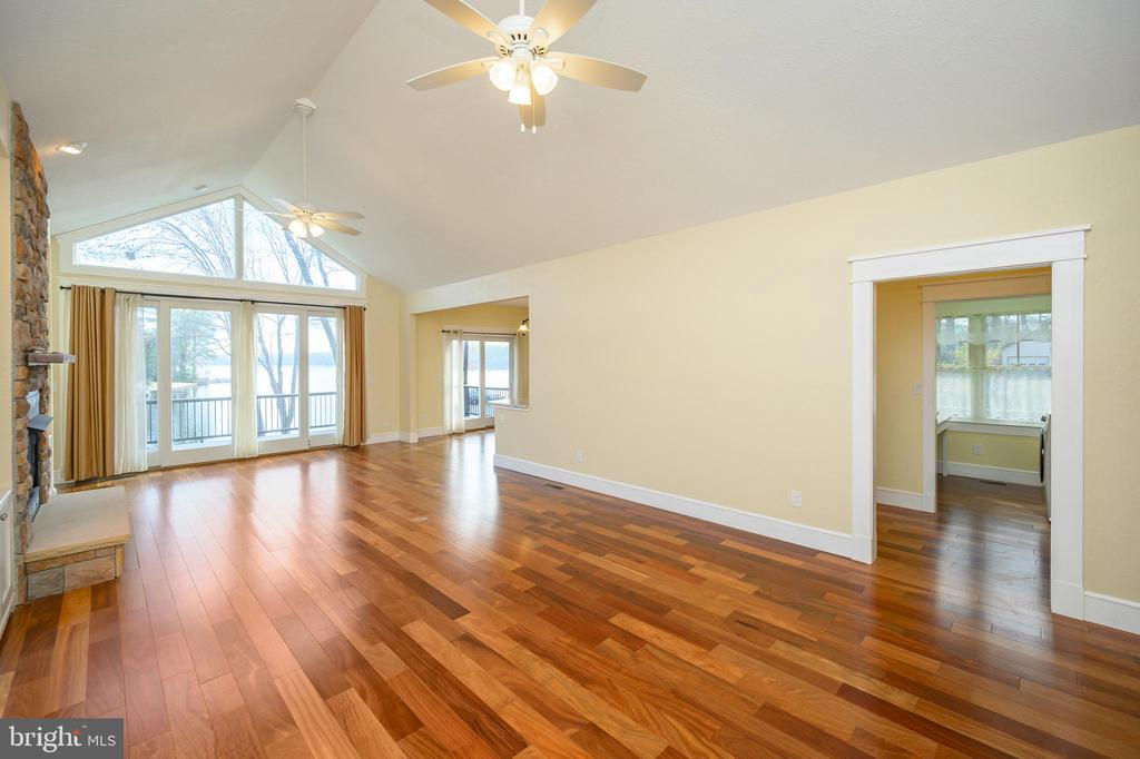 Great room with cathedral ceiling and teak floors! - 123 MT VERNON CT, LOCUST GROVE