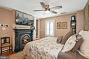 Master bed with gas fueled fireplace - 320 N PATRICK ST, ALEXANDRIA
