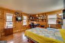Bedroom 2 Storage Shelving - 9512 TODDS TAVERN DR, SPOTSYLVANIA