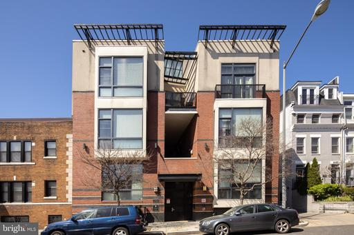 2426 ONTARIO RD NW #205