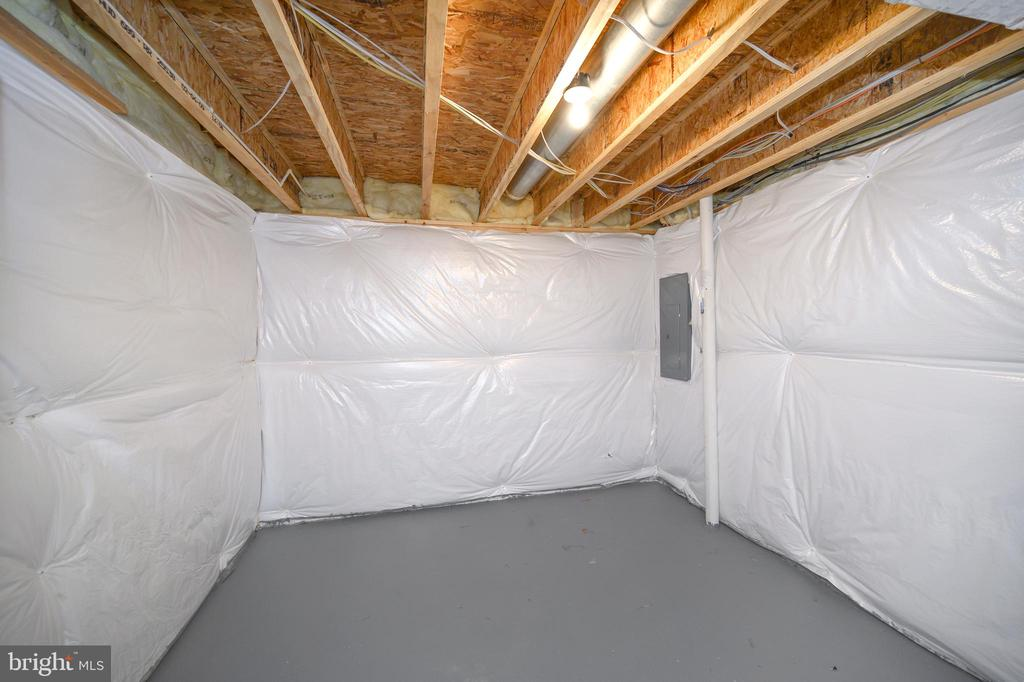 Storage Room lower level with epoxy floors - 10111 BROOKRUN CT, SPOTSYLVANIA